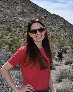 Rebecca R Hernandez